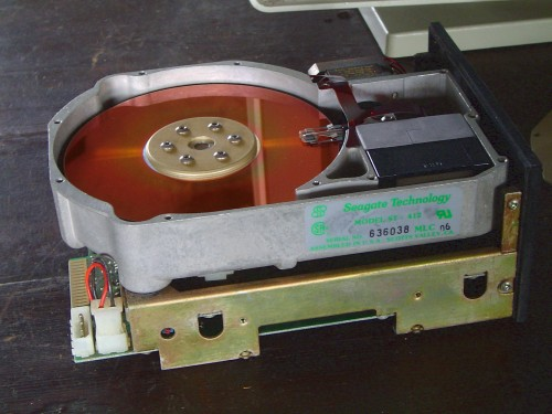 HDD z roku 1975 a ESDI (Enhanced Small Device Interface)